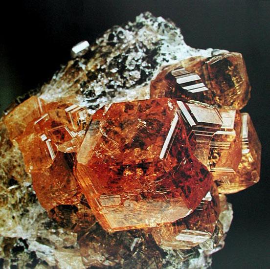 grossular - Krystaller og Sten